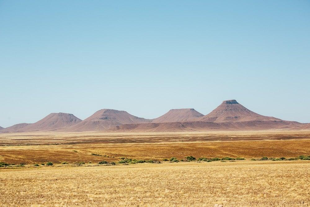 driving the skeleton coast, namibia