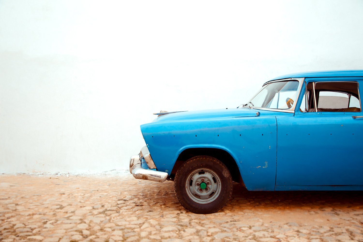 Viazul bus or driving and renting a car in Cuba?