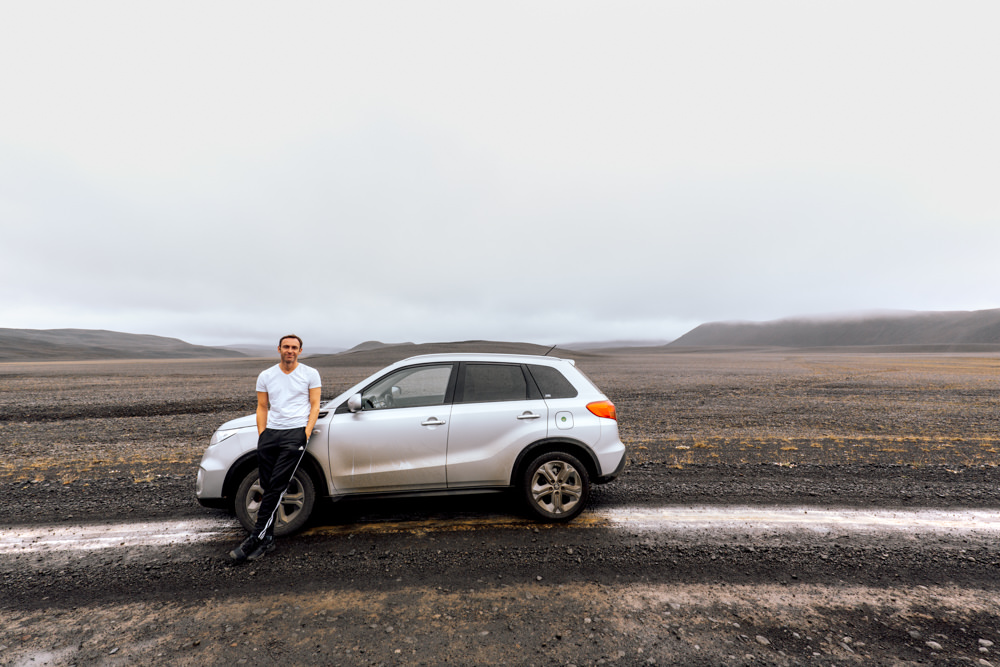 driving in Iceland car rental tips